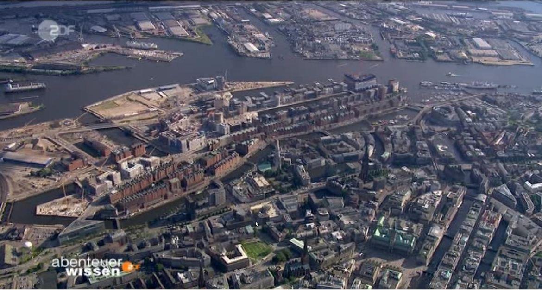 Hafencity_von_oben.jpg